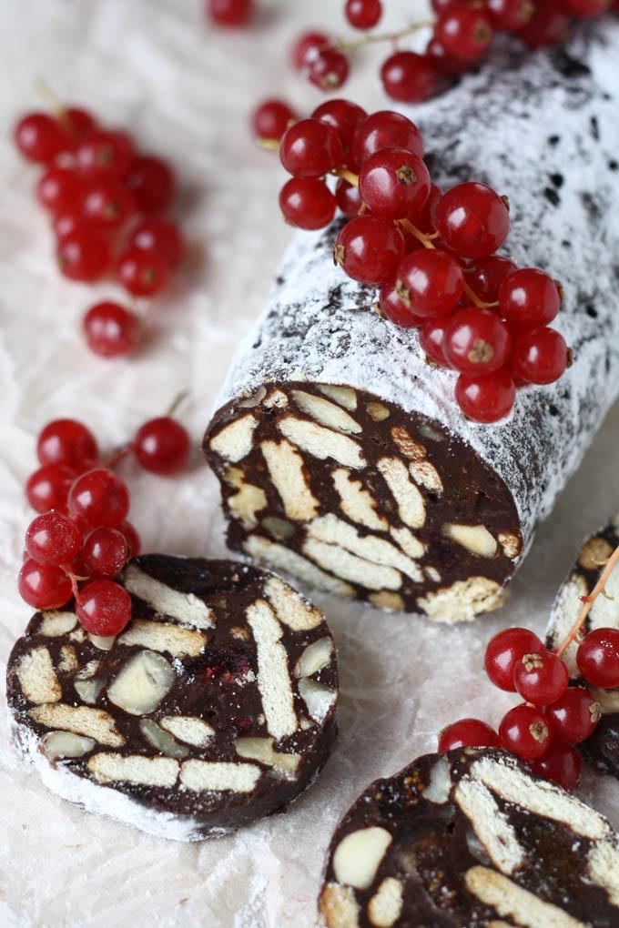 salam de biscuiti cu ciocolata-2