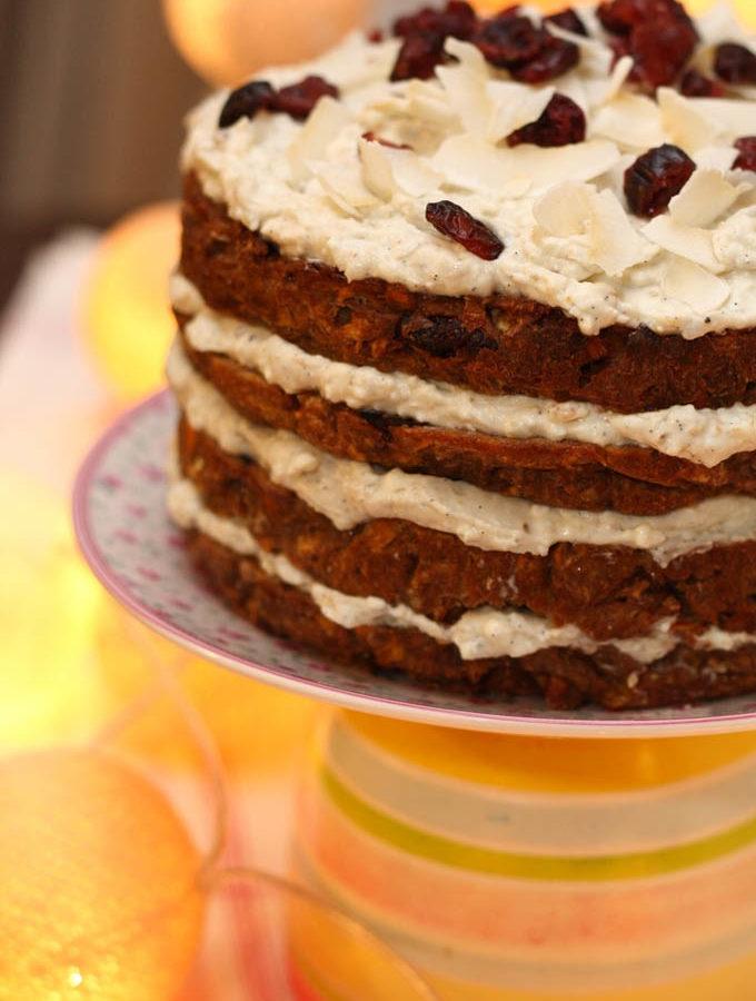 O noua aniversare, un nou tort