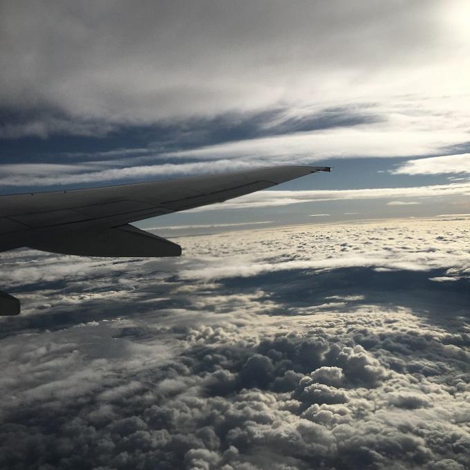 poza nori avion
