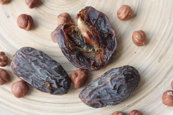 bomboane alune de padure stafide-4