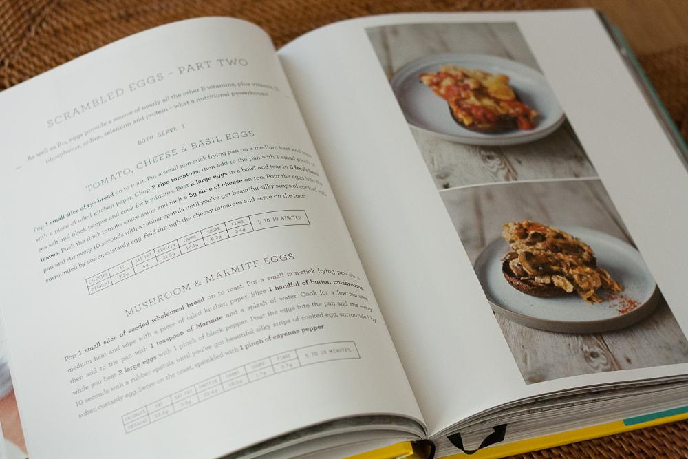 omleta-cu-rosii-si-branza-3