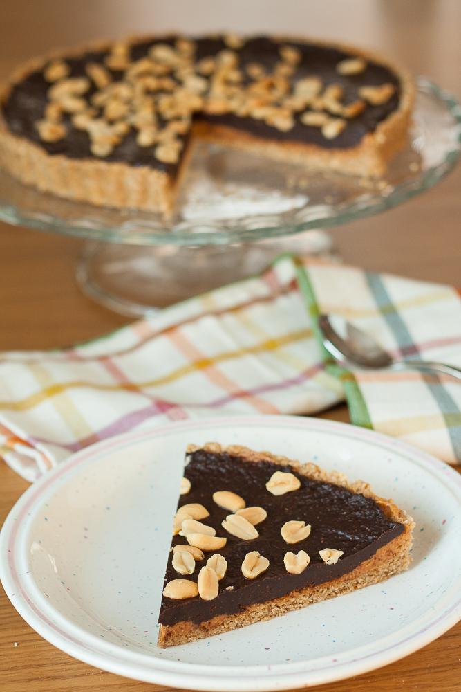 tarta cu unt de arahide si ciocolata