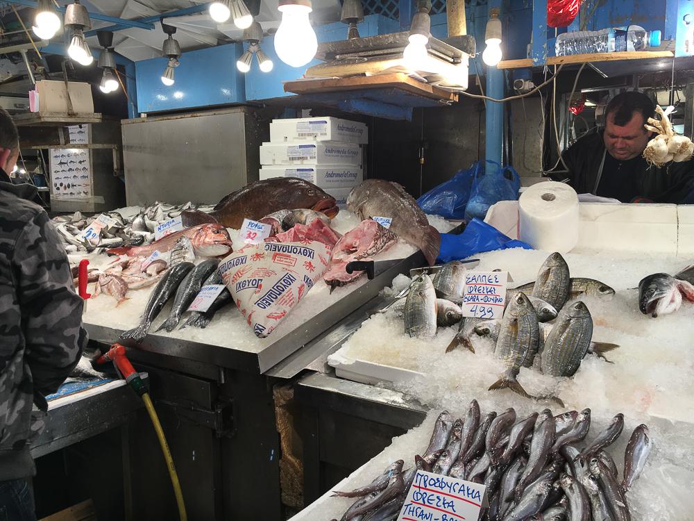 piata centrala atena pescarie