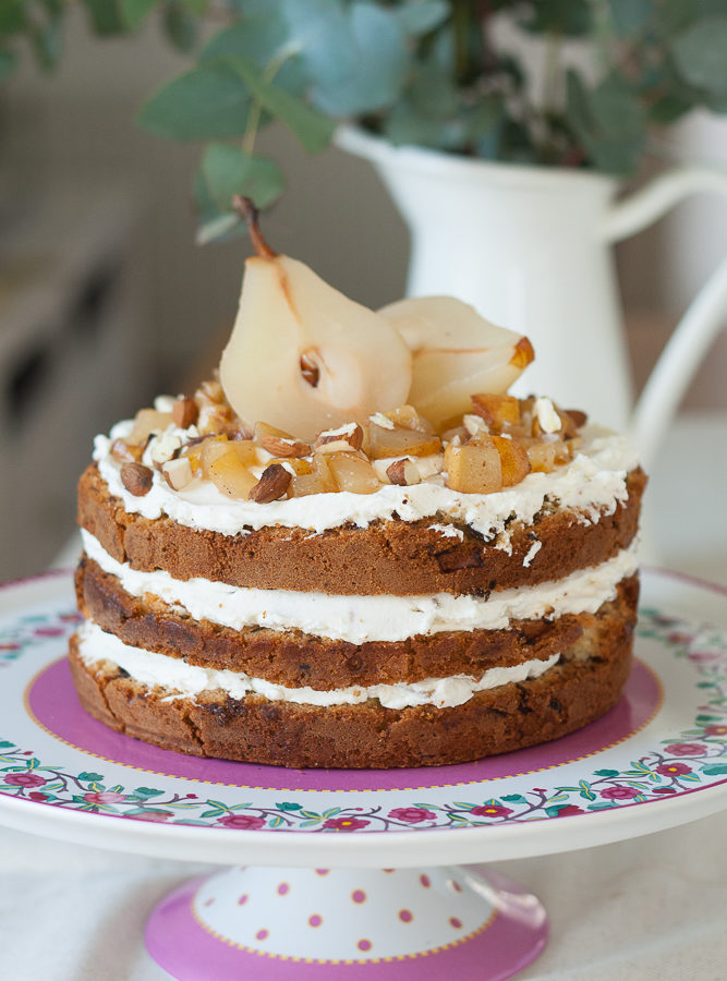Tort cu pere, migdale si ciocolata si 6 ani de Taste Bazaar